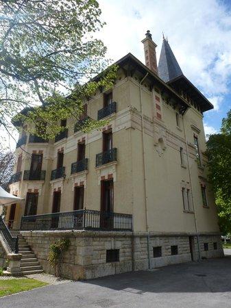 Villa Morelia : Vue du bâtiment principale, ancienne villa mexicaine