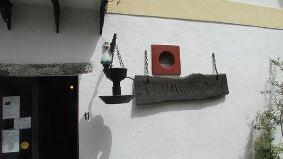 A'Lumeredda: entrata locale