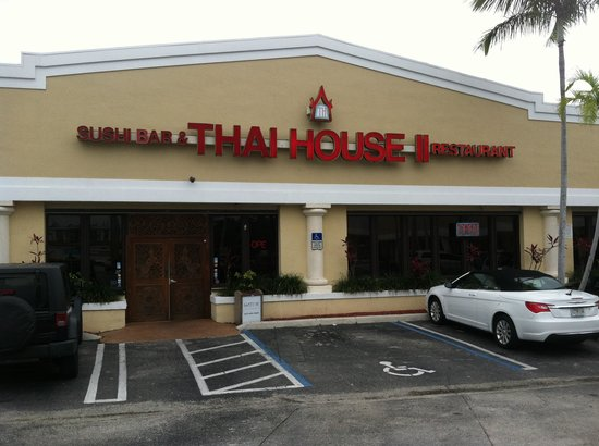 Thai House 2: Front view of establishment