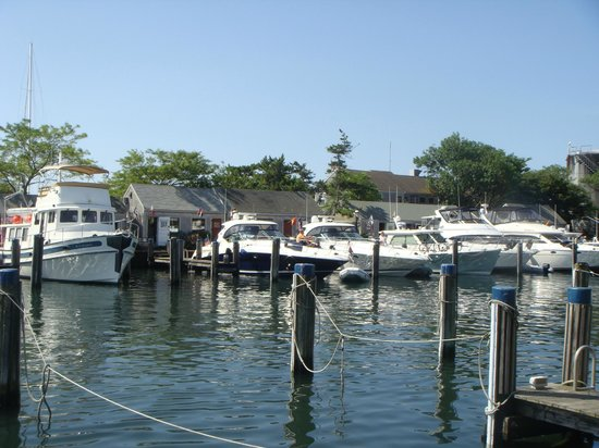 The Cottages at Nantucket Boat Basin: vista desde el salón