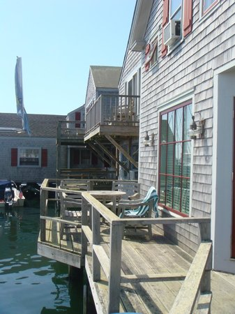 The Cottages at Nantucket Boat Basin: desde la terracita