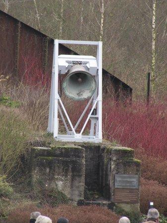 Le Bois du Cazier: La campana della miniera