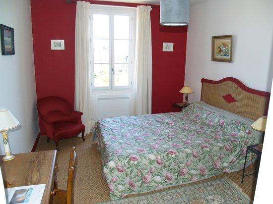 """Les Hortensias : Chambre """"Pivoine"""""""