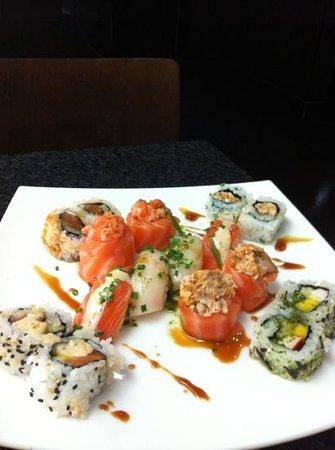 SushiSan - Japanese Restaurant