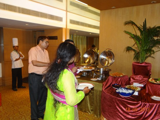 Pride Hotel Chennai: Cocktail Dinner