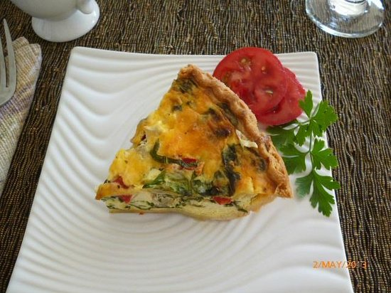 Orchid Tree Bed and Breakfast : Quiche for Breakfast