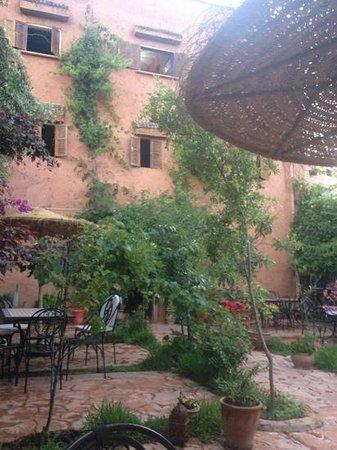 Hotel Chellal d'Ouzoud : hôtel vu de la terrasse
