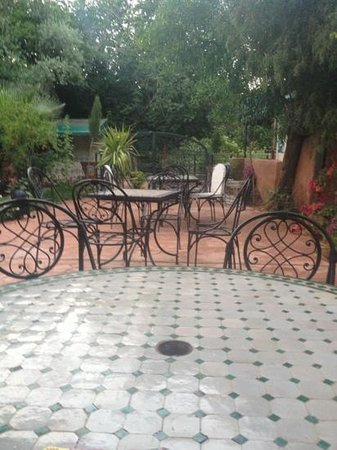 Hotel Chellal d'Ouzoud : autre vu de la terrasse de l'hôtel