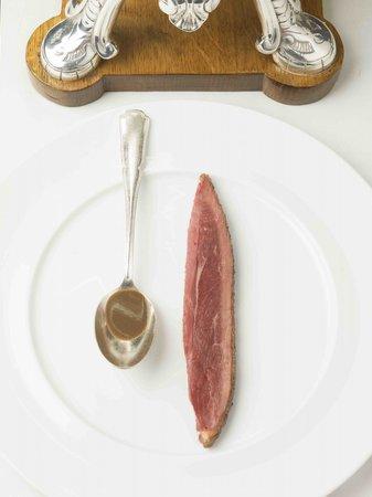 Restaurant michel rostang dans paris avec cuisine for Restaurant michel rostang