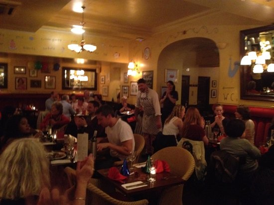 Cafe Rouge - Edinburgh: Live music every Thursday evenings