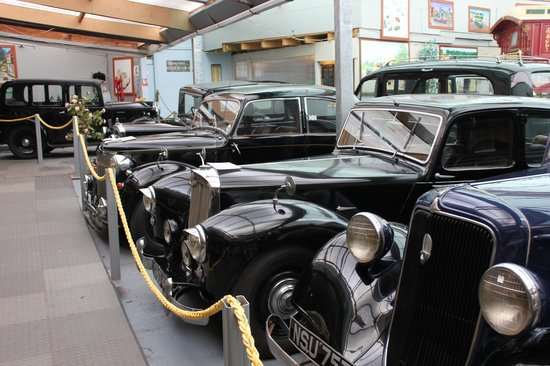 Stondon Transport Museum: 1950's rarities:-  Lanchester and Lea Francis