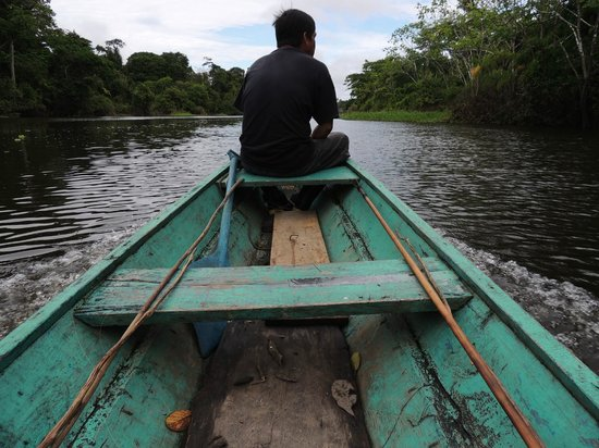 Curassow Amazon Lodge: Canoeing with Hernan and Leon