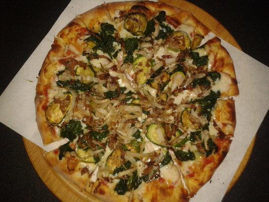 Pizzeria Bar Da Tommaso: PIZZA AL TAGLIERE