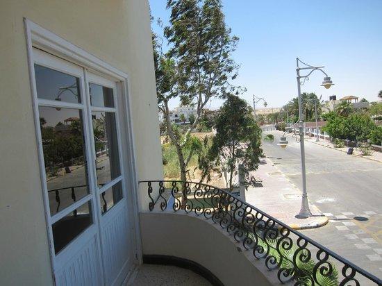 Toubia: Balkony