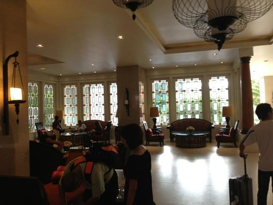 The Bayview Hotel: Hotel Lobby