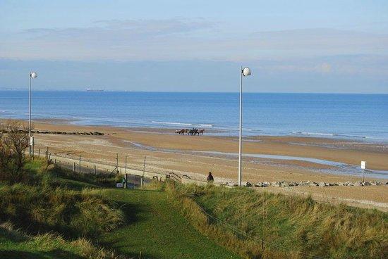 La plage devant Sweet Home