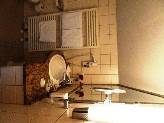 Dorint Strandhotel Ostseebad Wustrow: Bad
