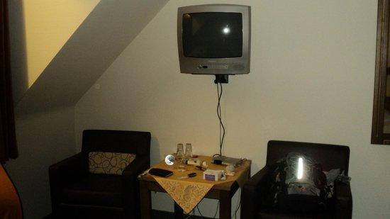 Gaestehaus Ruh : TV.