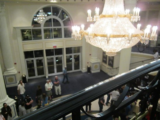 American Music Theatre: Lobby, looking down from second floor