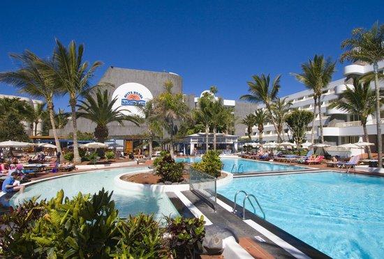 Suite hotel fariones playa lanzarote puerto del carmen opiniones comparaci n de precios y - Precios lanzarote ...