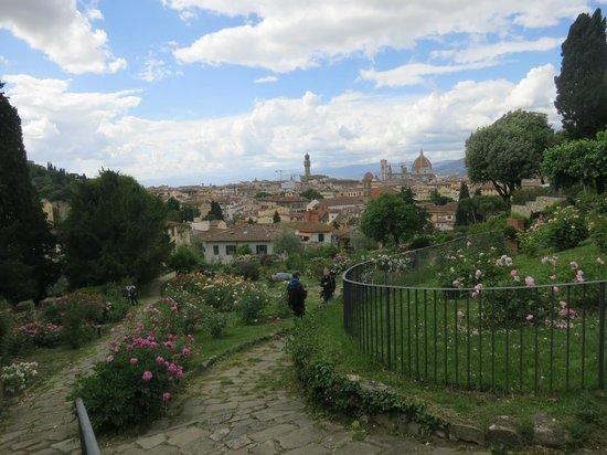 Folon e il Giardino delle Rose: View from the top