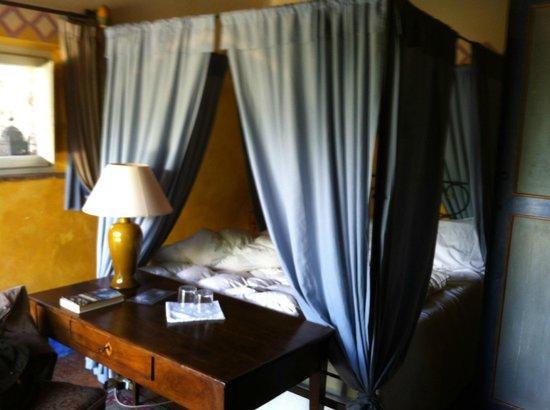 Villa La Lodola: bed
