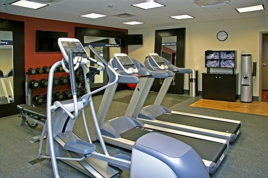 Hampton Inn Waynesburg: Fitness Center