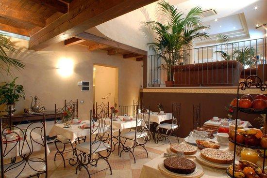 Hotel del borgo bologna prezzi 2020 e recensioni for Hotel bologna borgo panigale