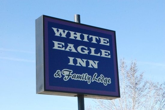 The White Eagle Inn & Family Lodge: new sign
