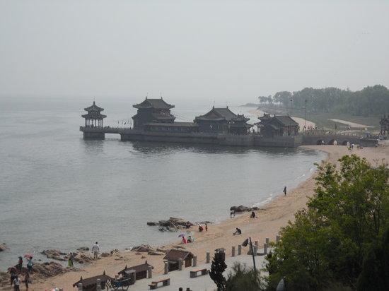 Laolongtou (Old Dragon's Head) : temple on the sea