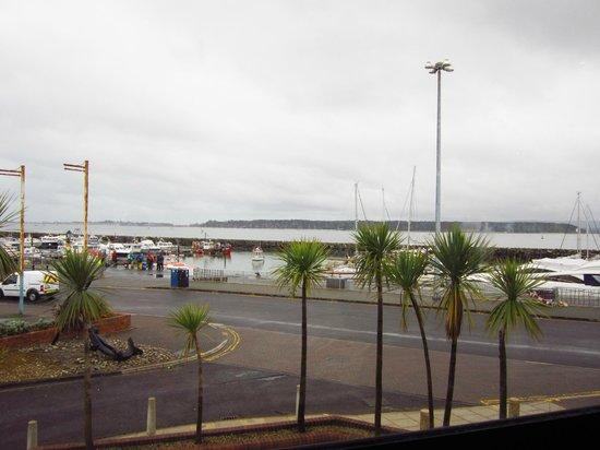 Thistle Poole: Vistas desde el comedor del hotel (sobre el lobby)