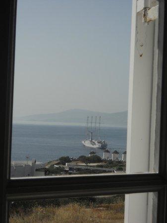 Morfoula's Studios: vista sul porto
