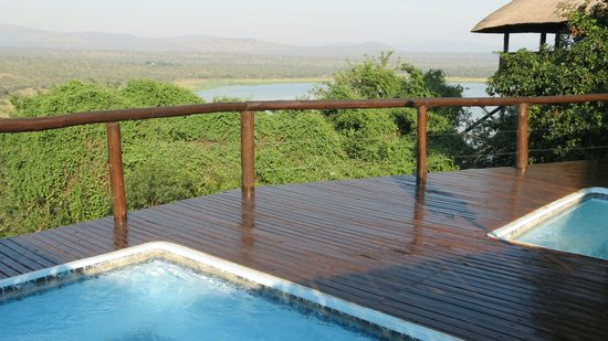 Nkwazi Lake Lodge: View from the pool deck