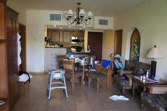 The Royal Haciendas All Suites Resort & Spa: ground floor suite