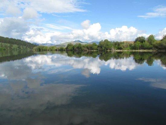 River Run Inn: Pearrygin Lake, approximately 4 miles outside of Winthrop