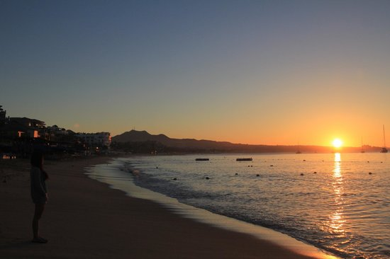 cabo villas beach resort morning walk to catch the sunrise - Cabo Villas Medano Beach