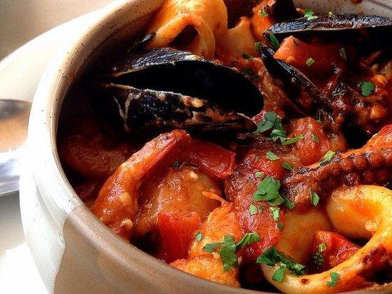 Lithos Restaurant Cafe: Seafood Saganaki
