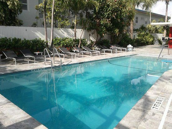 Royal Palms Resort & Spa: 1 of 2 Pools Available for Guests