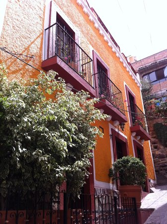 La Casa de Dona Ana: Outside view