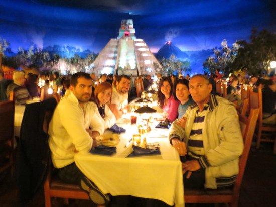 EPCOT : Angel Angel Inn- Mexico