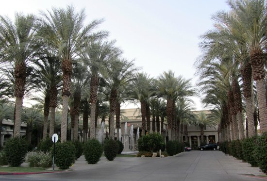 Hyatt Regency Indian Wells Resort & Spa: Moroccan style oasis in the Desert