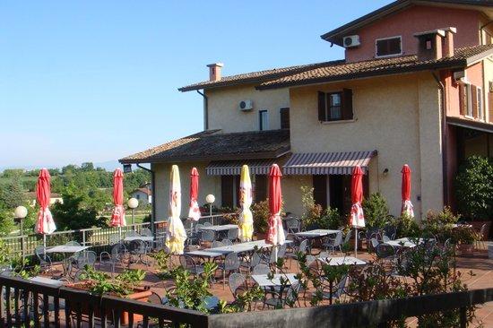 Hotel Il Castello: Espace terrasse
