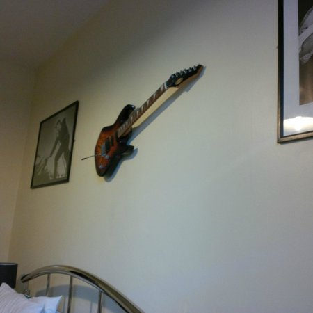Wanslea Guesthouse : Rock and Roll room pic 4