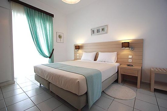 Nicolas Hotel Apartments: -