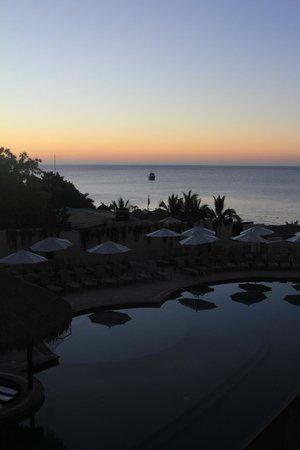 Cabo Villas Beach Resort: Early morning