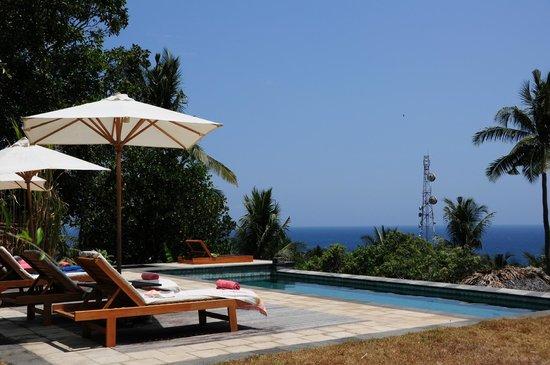 Segara Villas: Pool