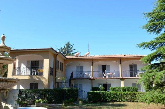Villino nel bosco specialty hotel reviews price for Specialty hotels