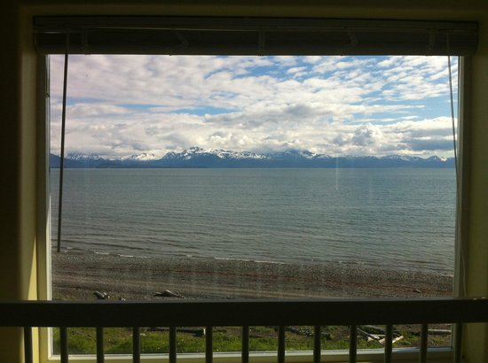 Driftwood Inn & Homer Seaside Lodges: view from top floor room