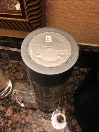 Embassy Suites by Hilton Orlando Lake Buena Vista South: The $5 bottled water in our room
