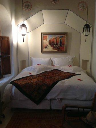 Riad Les Yeux Bleus: Bedroom